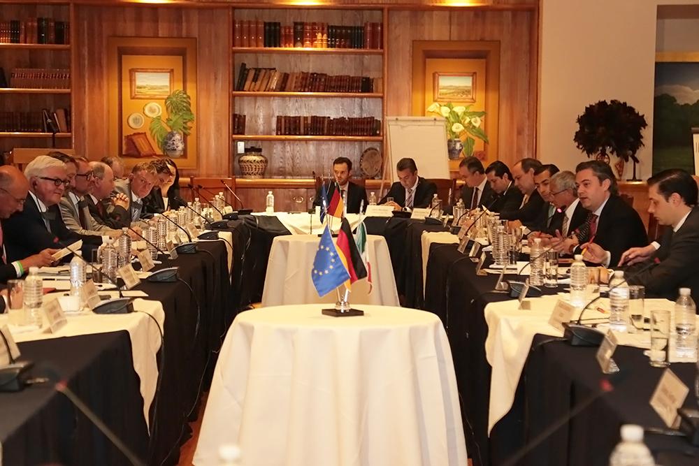Se reúne con el ministro federal alemán de Relaciones Exteriores