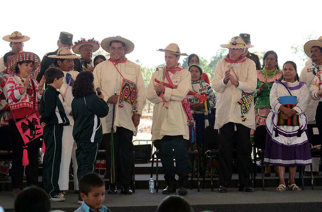 Inauguración de la carretera Mezquital-Huazamota