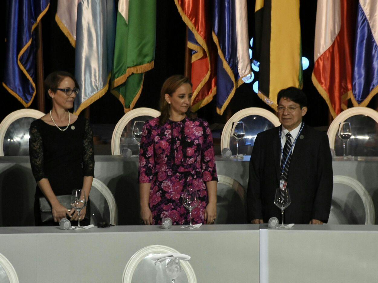 La Secretaria de Relaciones Exteriores, Claudia Ruiz Massieu arribó  a Santo Domingo, República Dominicana para participar en el 46 Período Ordinario de Sesiones de la Asamblea General de la Organización de los Estados Americanos (OEA)