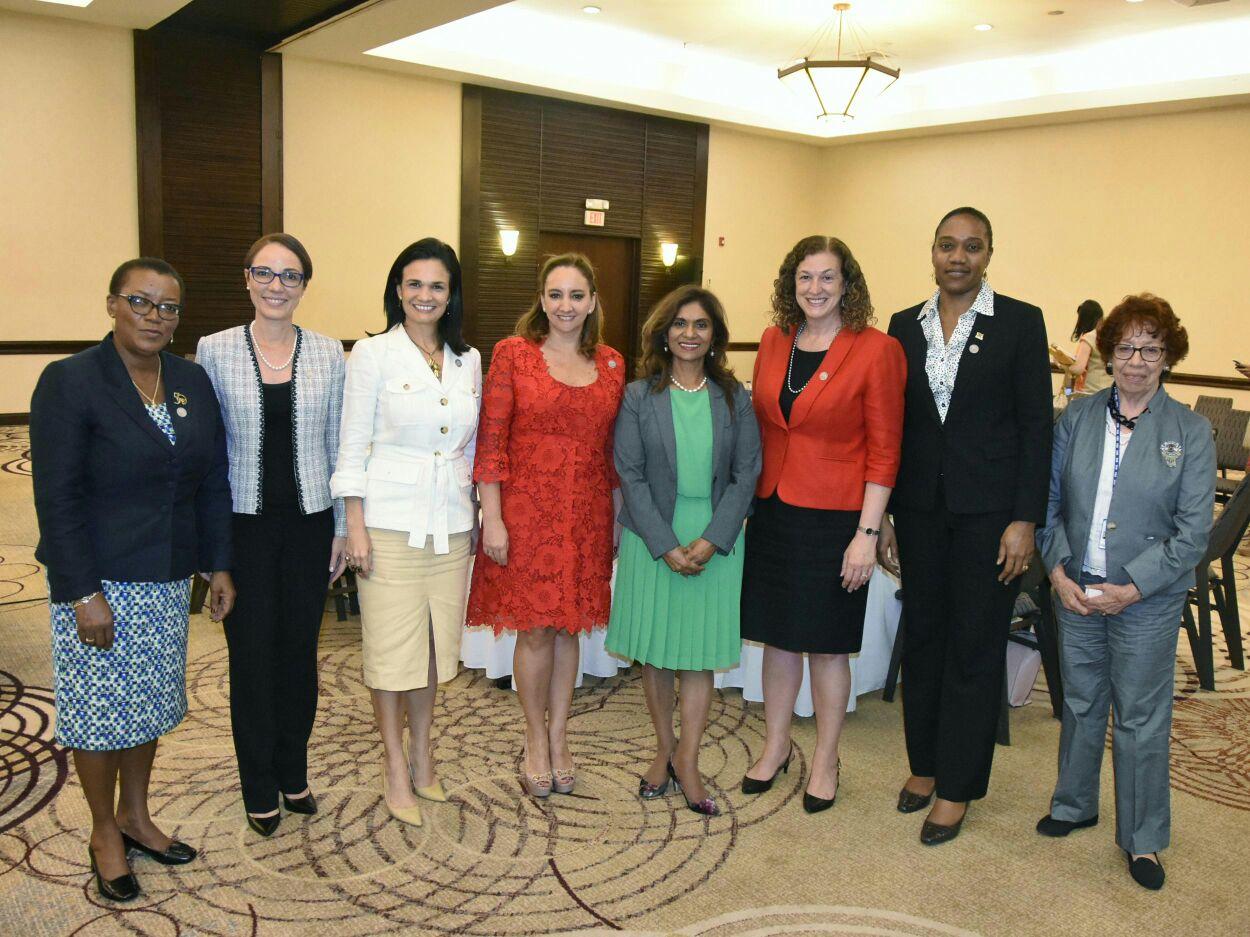 La Secretaria Claudia Ruíz Massieu convoca y encabeza diálogo de mujeres cancilleres de las Américas