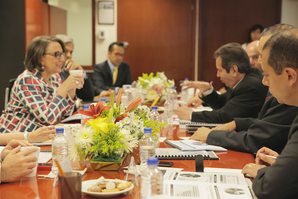 Visita secretaria general Iberoamericana instalaciones de Televisión Educativa de SEP