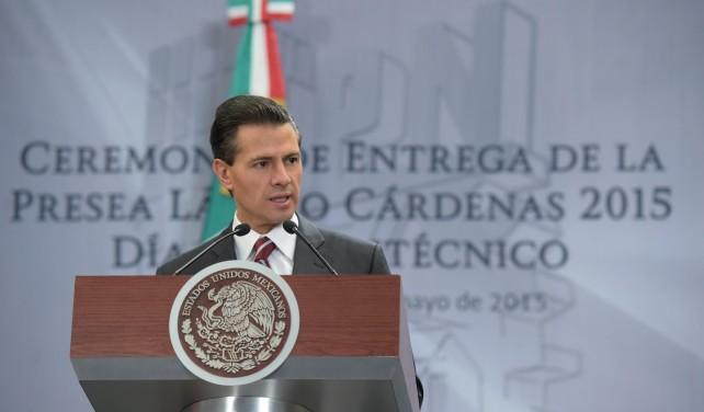 El Presidente Peña Nieto habla en el evento del Día del Politécnico