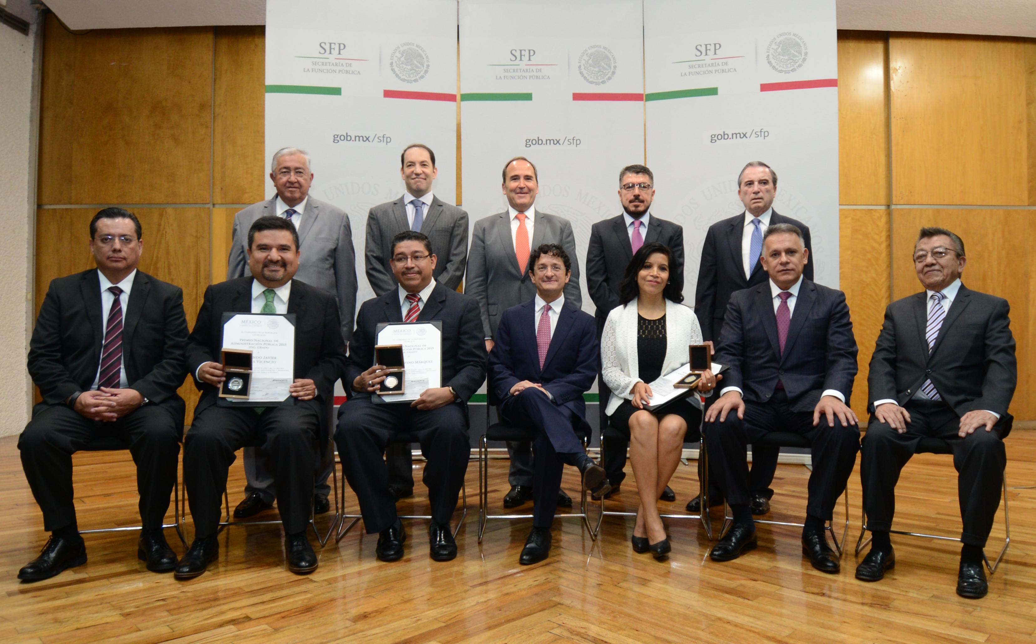 Foto Oficial Premio Nacional de la Administración Pública 2015