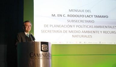Subsecretario Lacy Tamayo en Congreso de la CANAFEM.