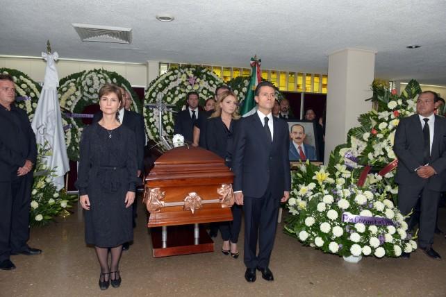 EPN asiste al funeral de Sebastián Lerdo de Tejada.