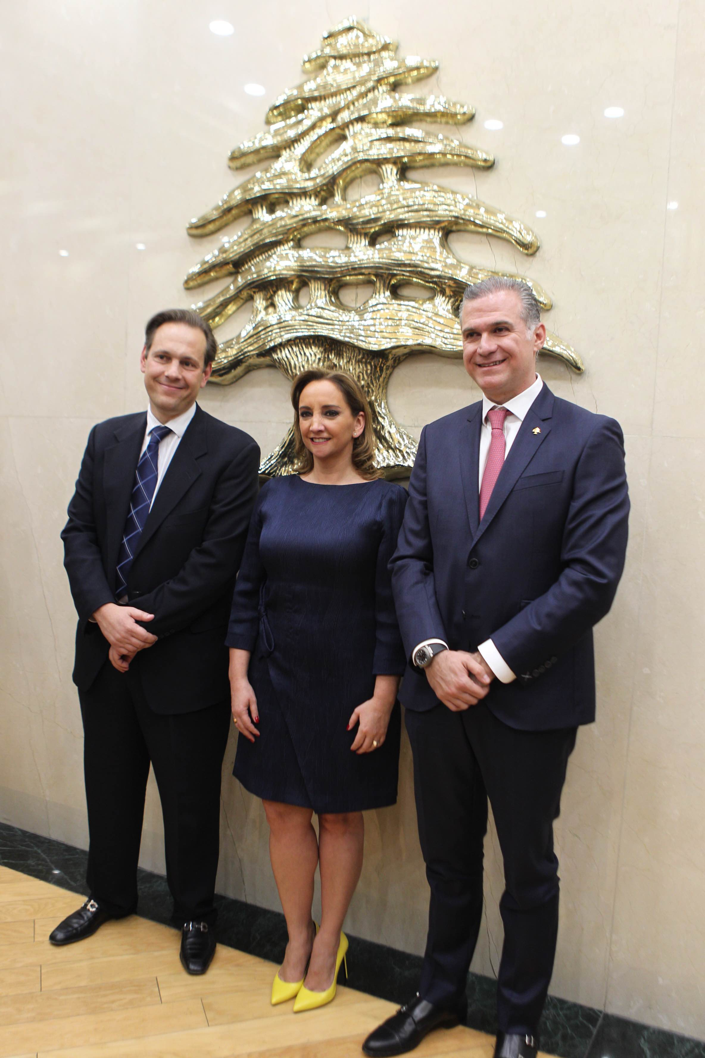 La Canciller Claudia Ruiz Massieu se reunió con la comunidad libanesa