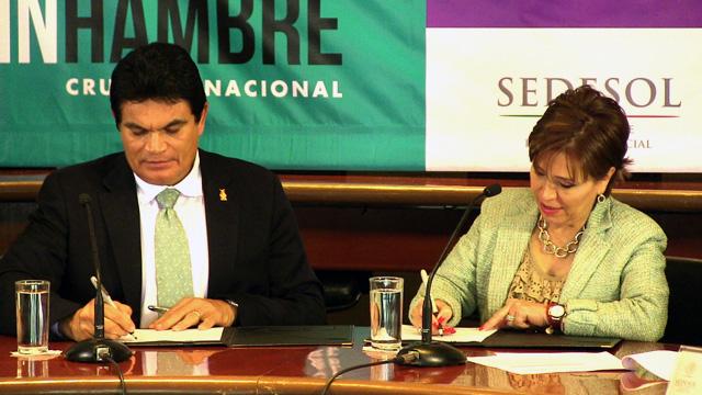 Firman la Sedesol y el gobierno del estado de Sinaloa el Acuerdo Integral para el Desarrollo Social Incluyente.