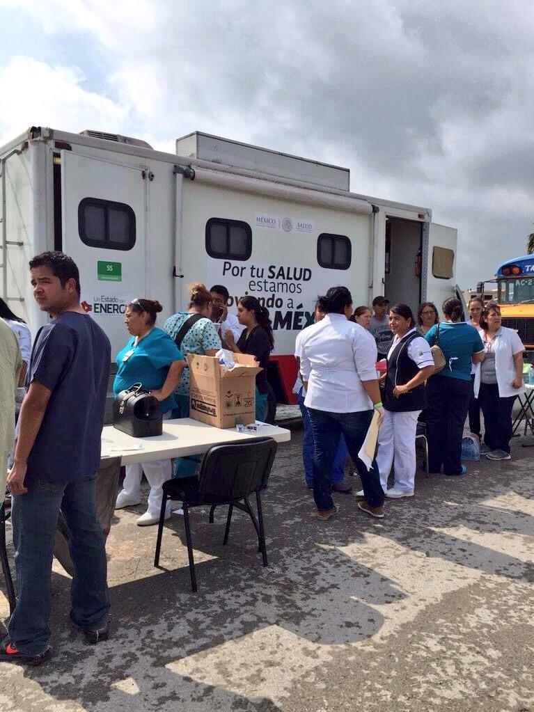 Brigadas para apoyar a la población afectada por un Tornado en Coahuila.