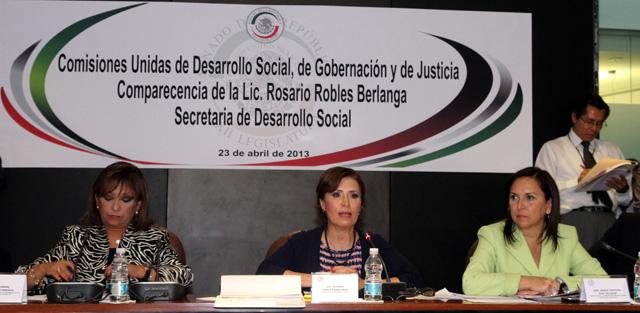 Enfatiza la secretaria de Desarrollo Social, Rosario Robles, que los programas sociales están blindados y no pertenecen a ningún partido político.