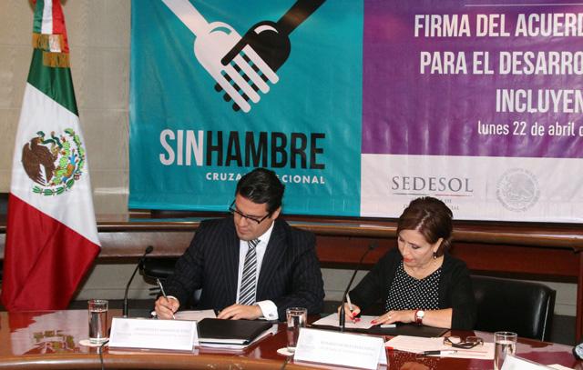 Se Firma el Acuerdo Integral para el Desarrollo Social Incluyente-Cruzada Nacional Contra el Hambre con el gobierno de Jalisco.