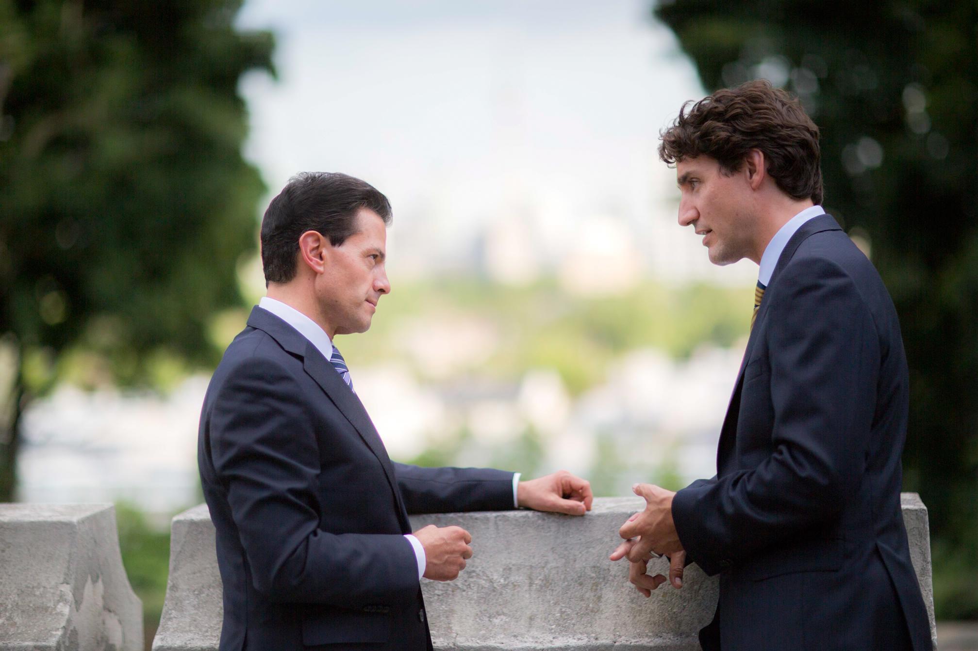 """""""Nosotros buscamos como objetivo construir un mundo mejor para nuestros hijos y nuestros nietos, un mundo más justo, más incluyente para todos"""": Justin Trudeau."""
