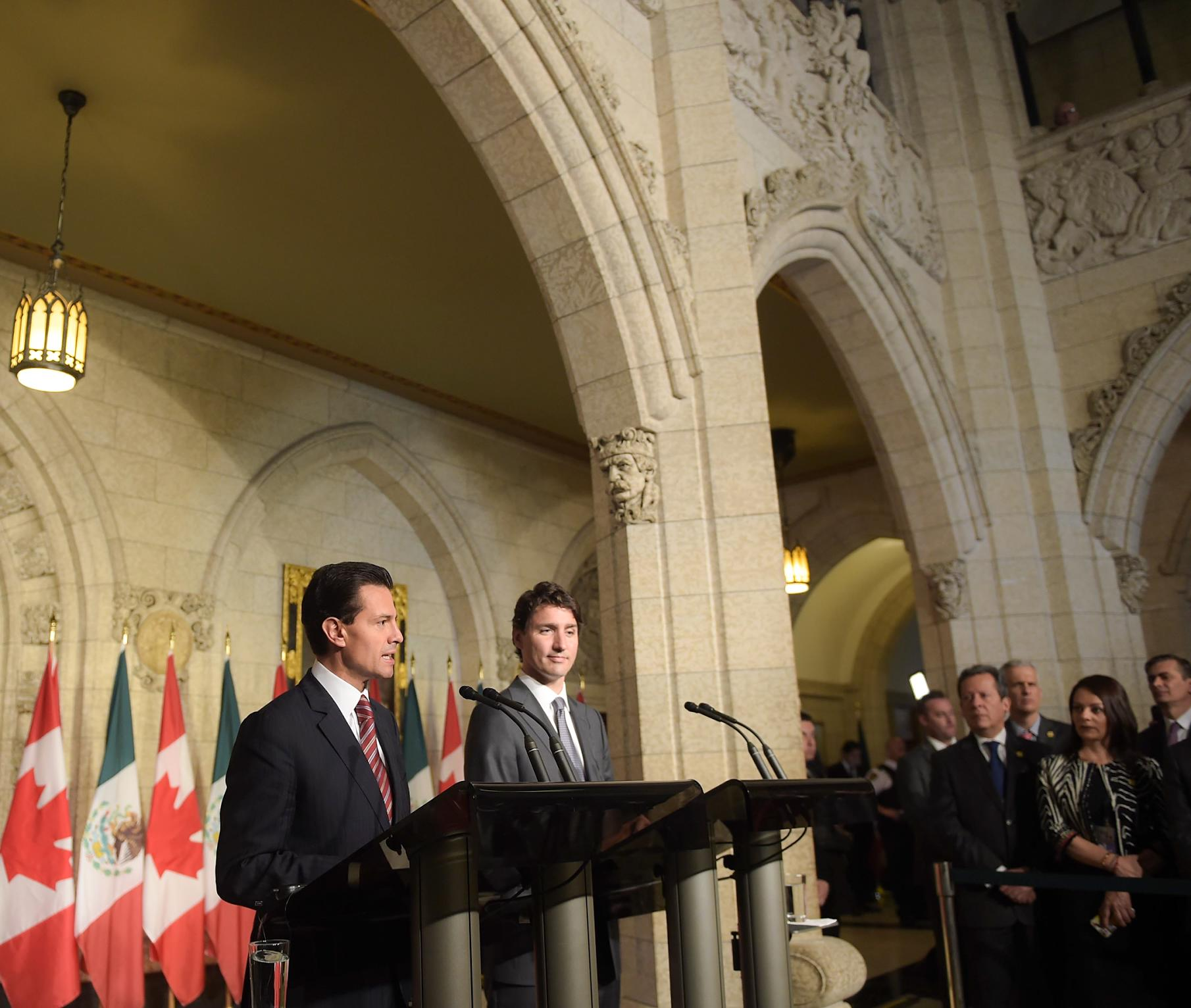 """It is an honor to announce that on December 1, 2016, Canada will eliminate the visa requirement, which has restricted Mexicans' travel to Canada"": EPN"