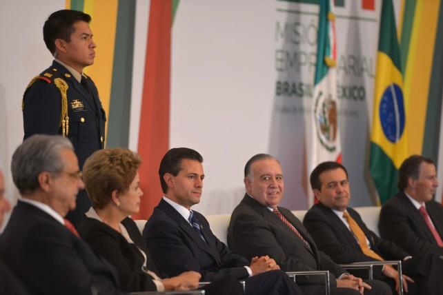 Clausura del Encuentro Empresarial México-Brasil, junto con la Presidenta de esa nación sudamericana, Dilma Rousseff.