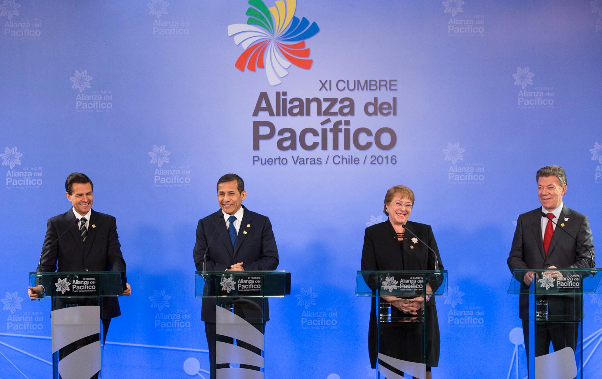 El Primer Mandatario finalizó sus actividades en la XI Cumbre de la Alianza del Pacífico con un mensaje a los medios de comunicación, en conjunto con los Presidentes de Chile, Colombia y Perú.