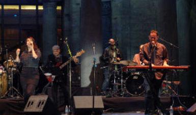 La agrupación ofreció un concierto que incluyó composiciones propias y músicas tradicionales
