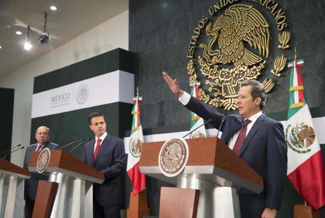 El Presidente de la República, Enrique Peña Nieto, toma protesta a Eduardo Sánchez Hernández como nuevo Coordinador de Comunicación Social de la Presidencia de la República.