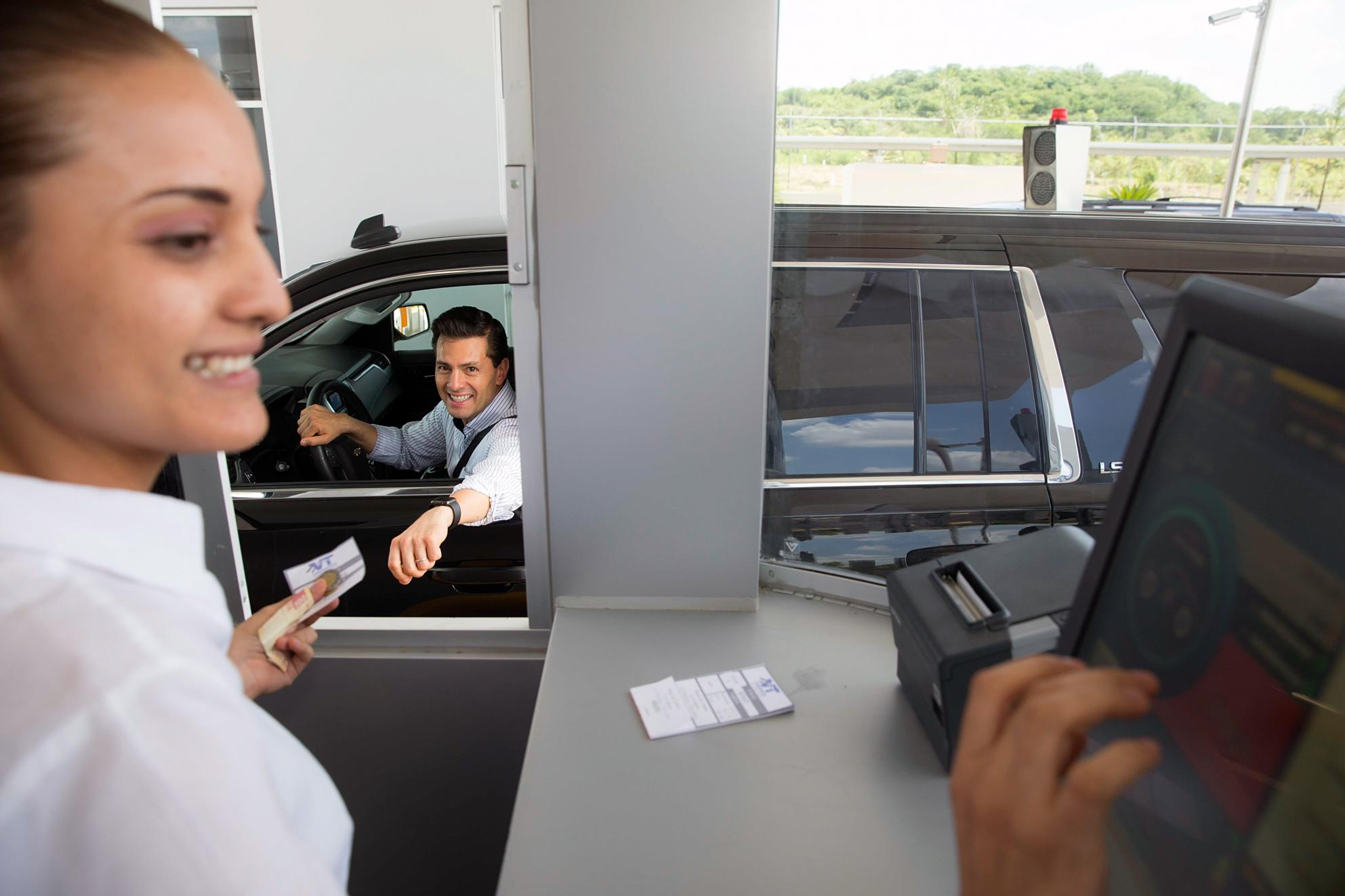 President Enrique Peña Nieto inaugurated the  Ciudad Valles-Tamuín Highway, which will  improve the country's connectivity