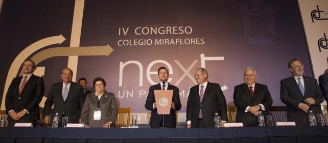 EPN en el Cuarto Congreso del Colegio Miraflores.