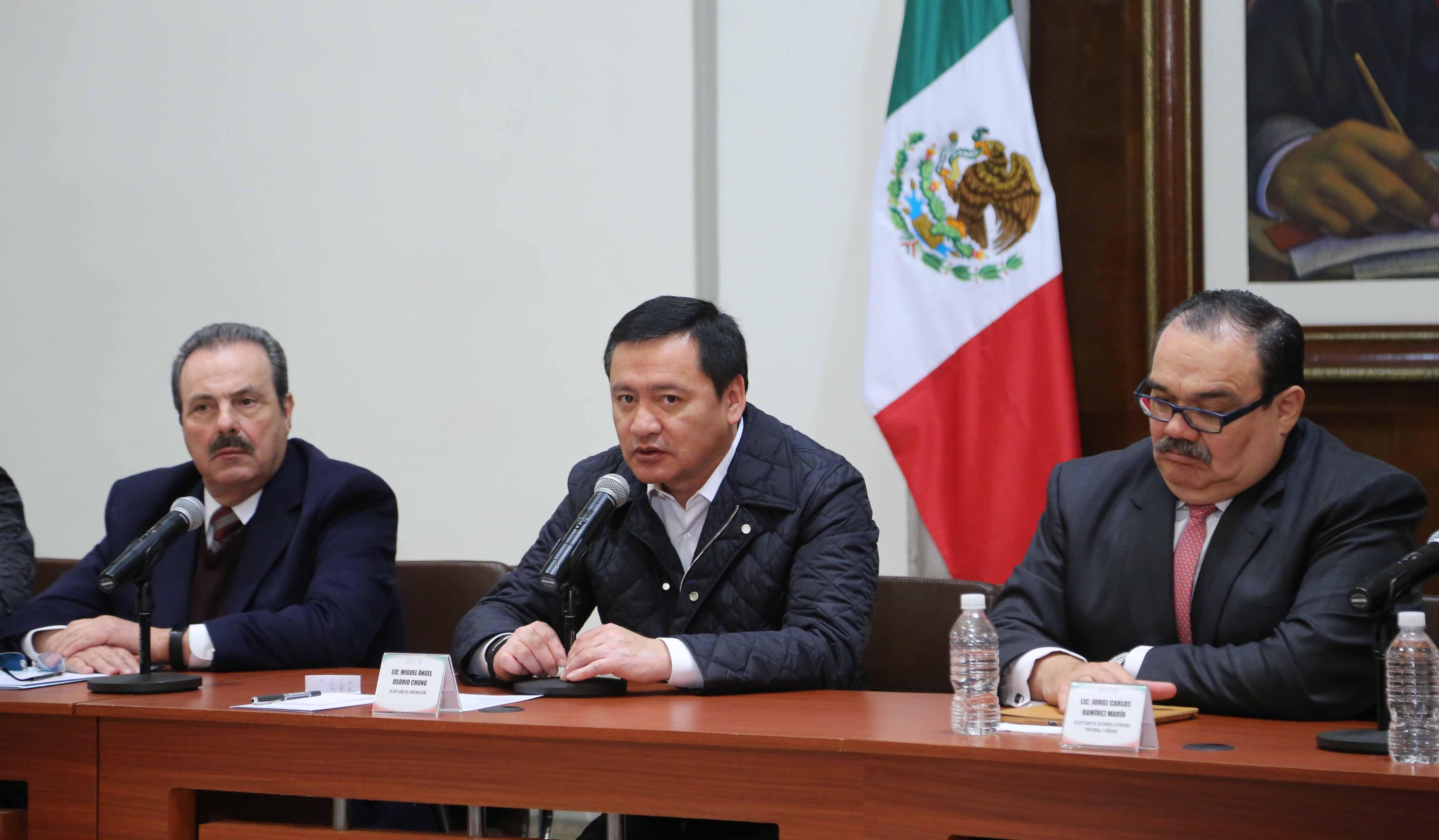 Encabeza el Secretario de Gobernación, Miguel Ángel Osorio Chong, reunión con organizaciones campesinas
