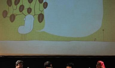 Claudia Reyes, directora de la Feria Internacional del Libro Infantil y Juvenil, recordó que para una feria dedicada a fondos infantiles