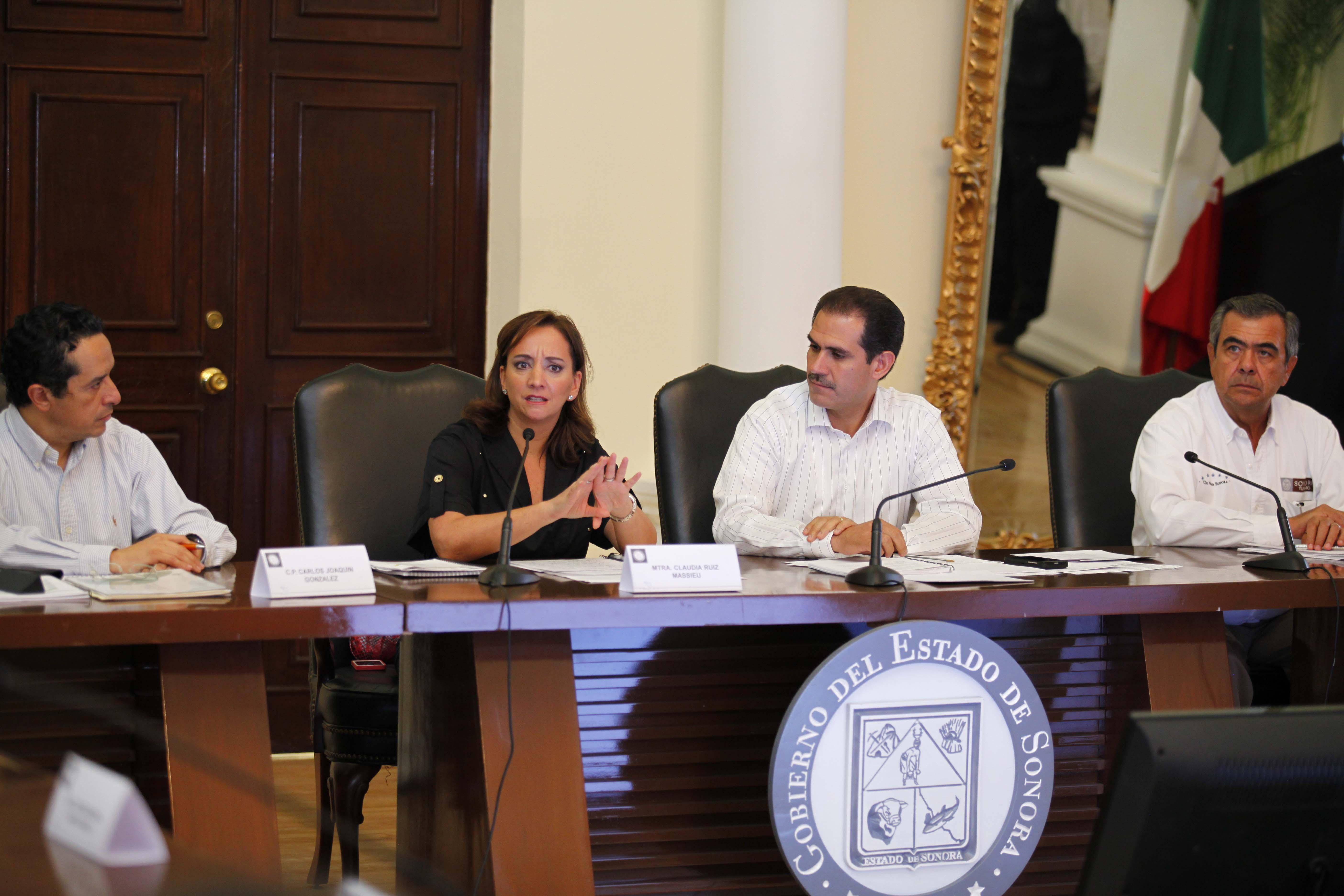 La titular de la Secretaria de Turismo asistió a encuentros de trabajo en Sonora.