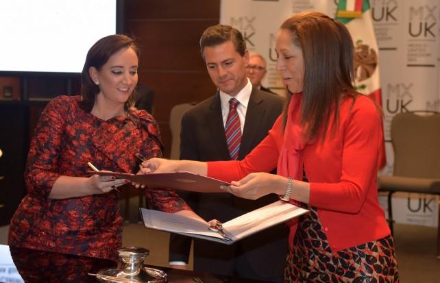 Ceremonia de Firma de Acuerdos en Materia Educativa y Turística.