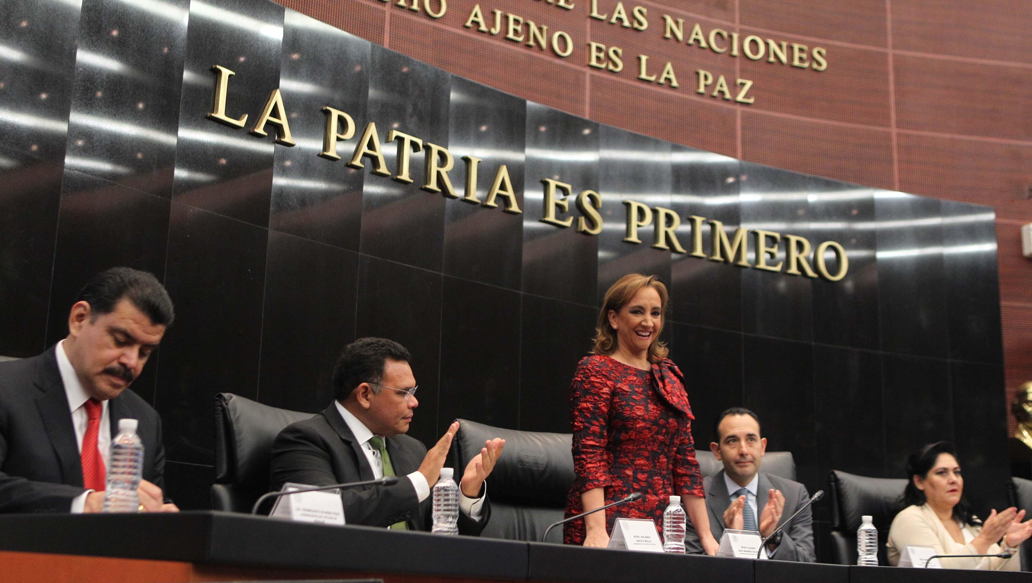 La Canciller Claudia Ruiz Massieu, participó en la inauguración del foro Diálogo Parlamentario sobre el Papel de los Gobiernos Sub-nacionales como Actores Internacionales, en la sede del Senado de la República.