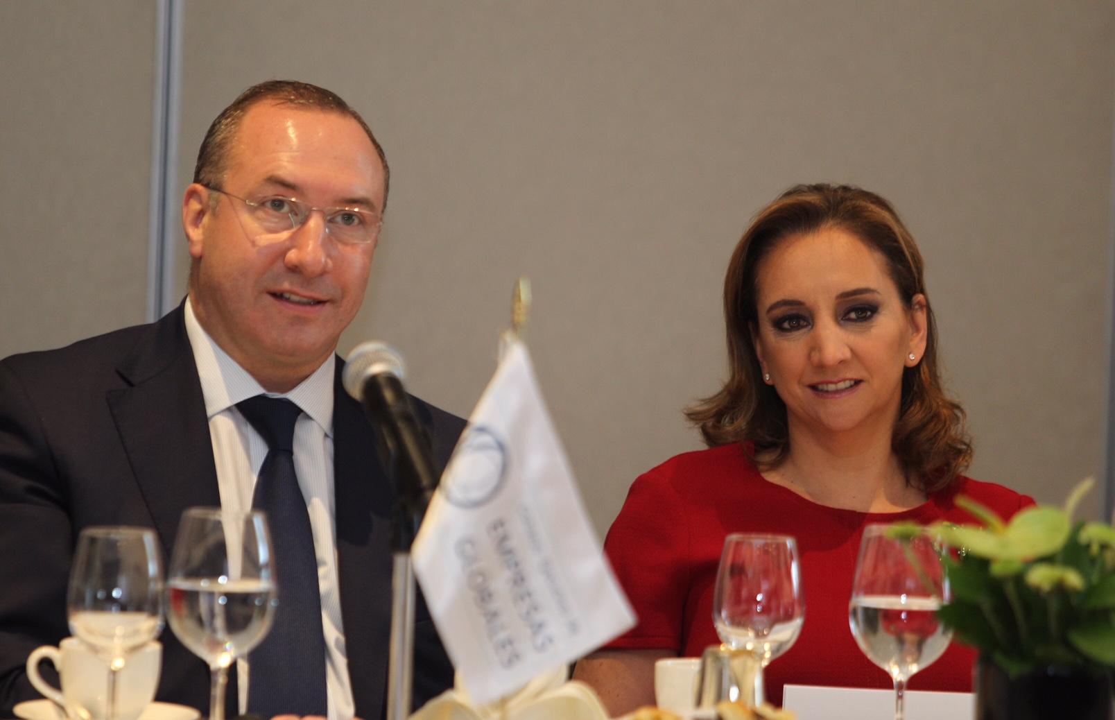 La Canciller Claudia Ruiz Massieu se reunió con representantes del Consejo Ejecutivo de Empresas Globales (CEEG) organismo integrado por 46 empresas multinacionales con presencia en México.