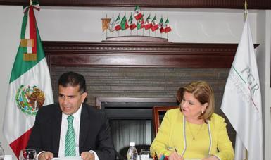"SAE y PGR firman convenio de colaboración ""Interfaz"""