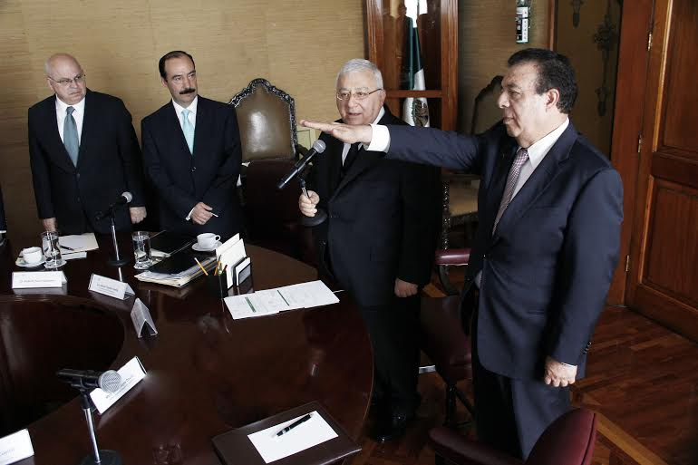 El Secretario de Educación Pública, Emilio Chuayffet Chemor, tomó protesta a Joel Guerrero Juárez como Director General del Consejo Nacional de Fomento Educativo (Conafe).