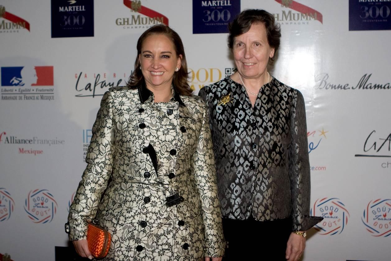 La Secretaria de Turismo al lado de la Embajadora de Francia en México, la Excma. Emb. Maryse Bossière, en el evento Good France.