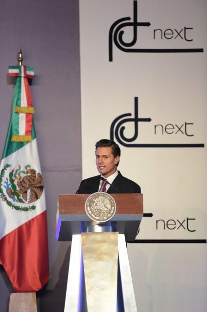 Presidente Enrique Peña Nieto en su discurso en el Colegio Miraflores.