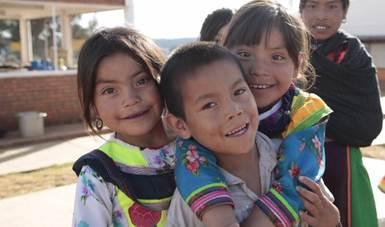 328 niñas y niños de Aguascalientes reciben pago del Seguro deVida para Jefas de Familia