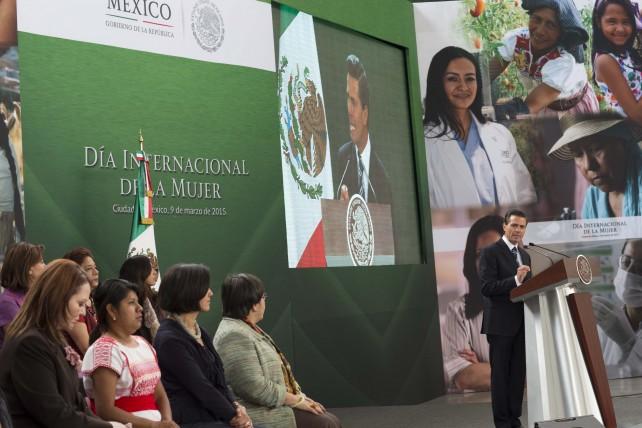 Enrique Peña Nieto, durante su discurso en el Día Internacional de la Mujer.