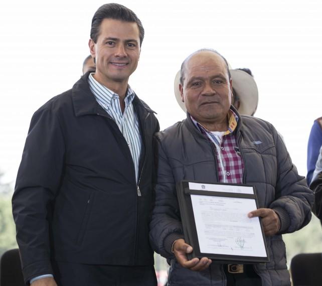 EPN en la ceremonia de entrega de Incentivos Agropecuarios Zona Centro.