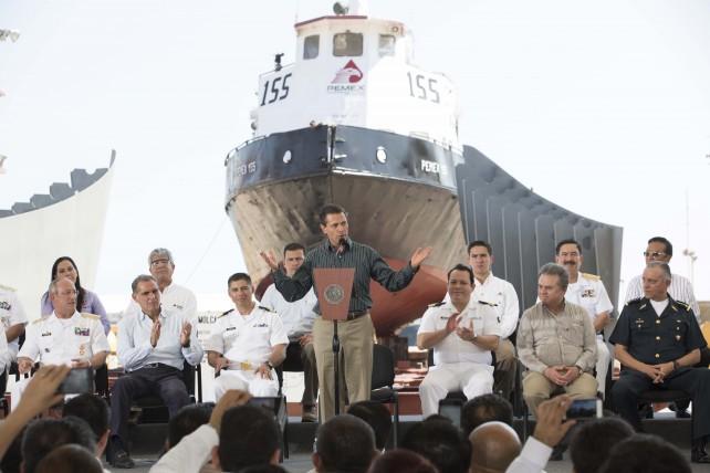EPN en el inicio de operaciones del gasoducto de Jáltipan, Veracruz, a la refinería de Salina Cruz.