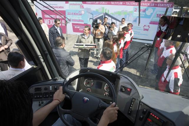 EPN pone en operación la línea 2 del MEXIBÚS, que recorrerá 21.3 kilómetros de Ecatepec a Coacalco, Tultitlán e Izcalli, en el Estado de México.