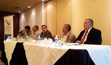 """Seminario para Periodistas """"Problemas y retos en torno al agua y la producción de alimentos en México: oportunidades para el desarrollo sustentable del sector hidroagrícola"""""""
