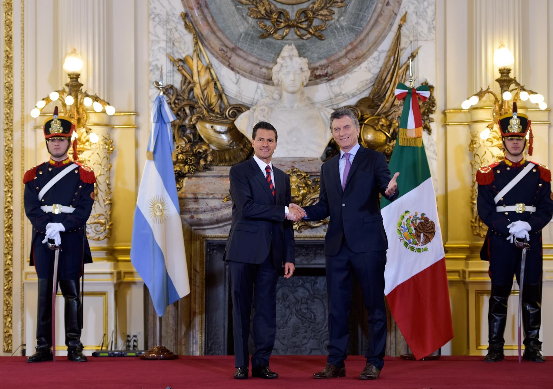 """""""Hay voluntad política de ambos Gobiernos por enriquecer, ampliar y estrechar aún más la relación entre Argentina y México"""": EPN"""