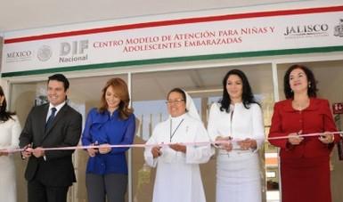 Inauguración del Centro Modelo de Atención para Niñas y Adolescentes Embarazadas.