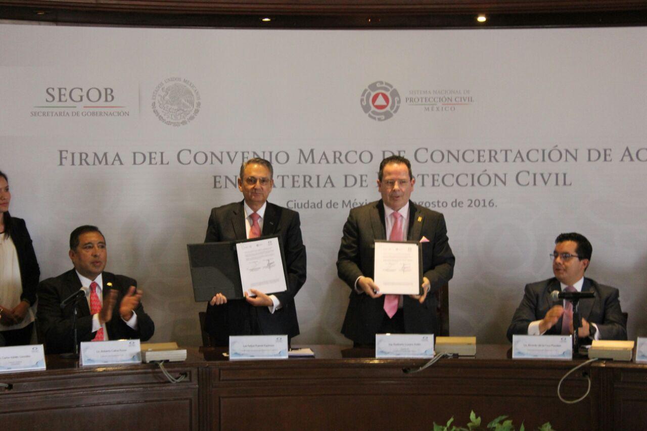 La Coordinación Nacional de Protección Civil y la Cámara de Comercio, Servicios y Turismo firmaron el Convenio Marco de Concertación de Acciones en Materia de Protección Civil.