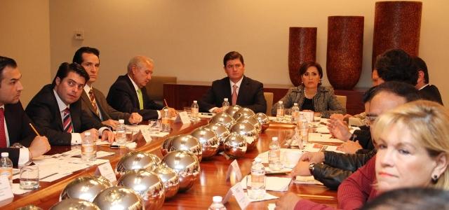 Encabezaron la secretaria de Desarrollo Social y el gobernador del estado la Reunión Intersecretarial.