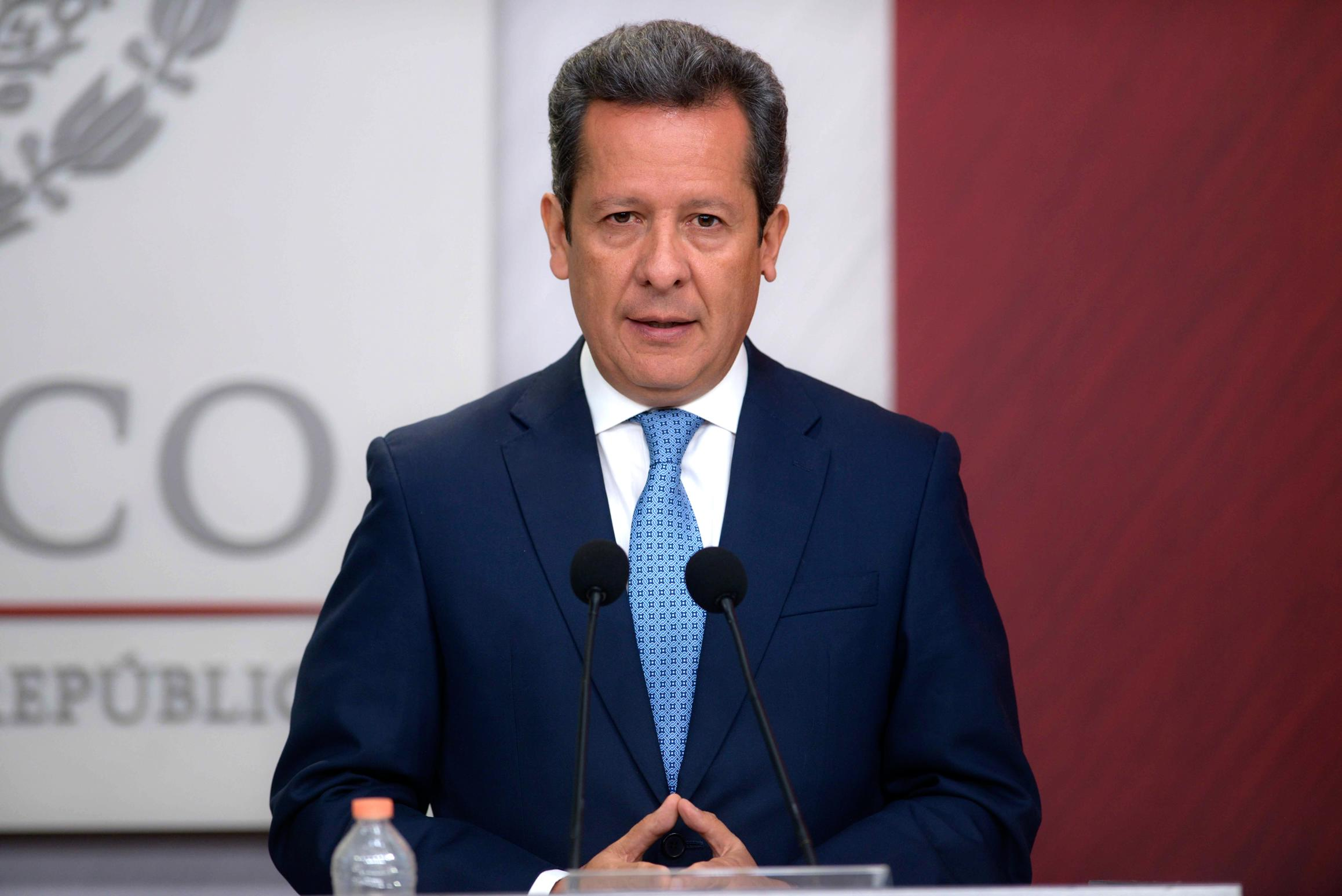 """""""Lamento que The Guardian oriente a sus reporteros a predecir el futuro, más que a confirmar la veracidad de su información"""": Eduardo Sánchez Hernández."""