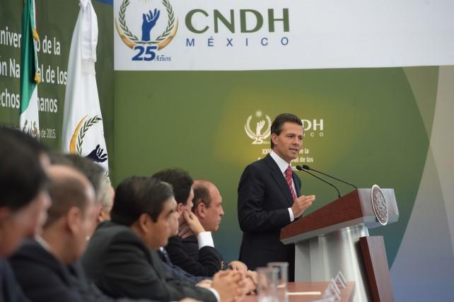 EPN durante su discurso en el 25 Aniversario de la Comisión Nacional de los Derechos Humanos.