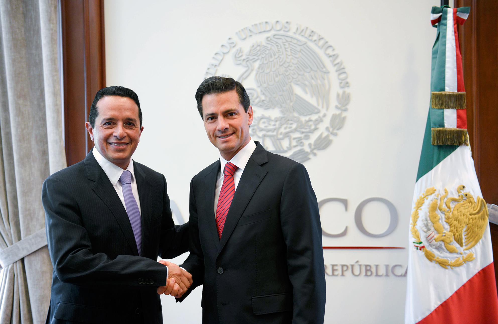 At the official Los Pinos residence, President Peña Nieto congratulated the governor elect on his victory in the June 5 elections