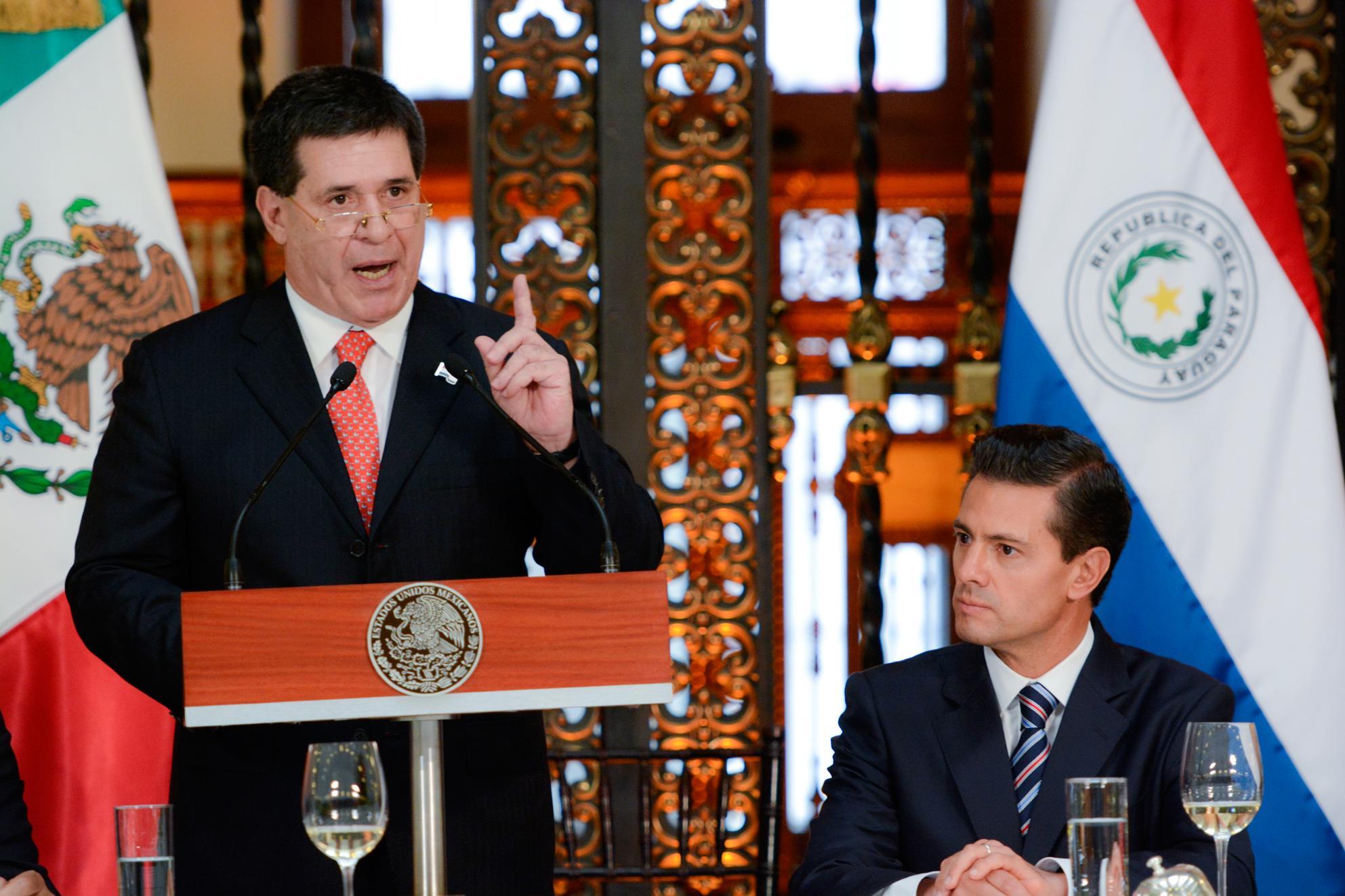 """""""Nuestros gobiernos están dispuestos a la ampliación del comercio bilateral, a la diversificación productiva, a la transferencia de tecnología y de buenas prácticas"""": Horacio Cartes Jara, Presidente de Paraguay."""