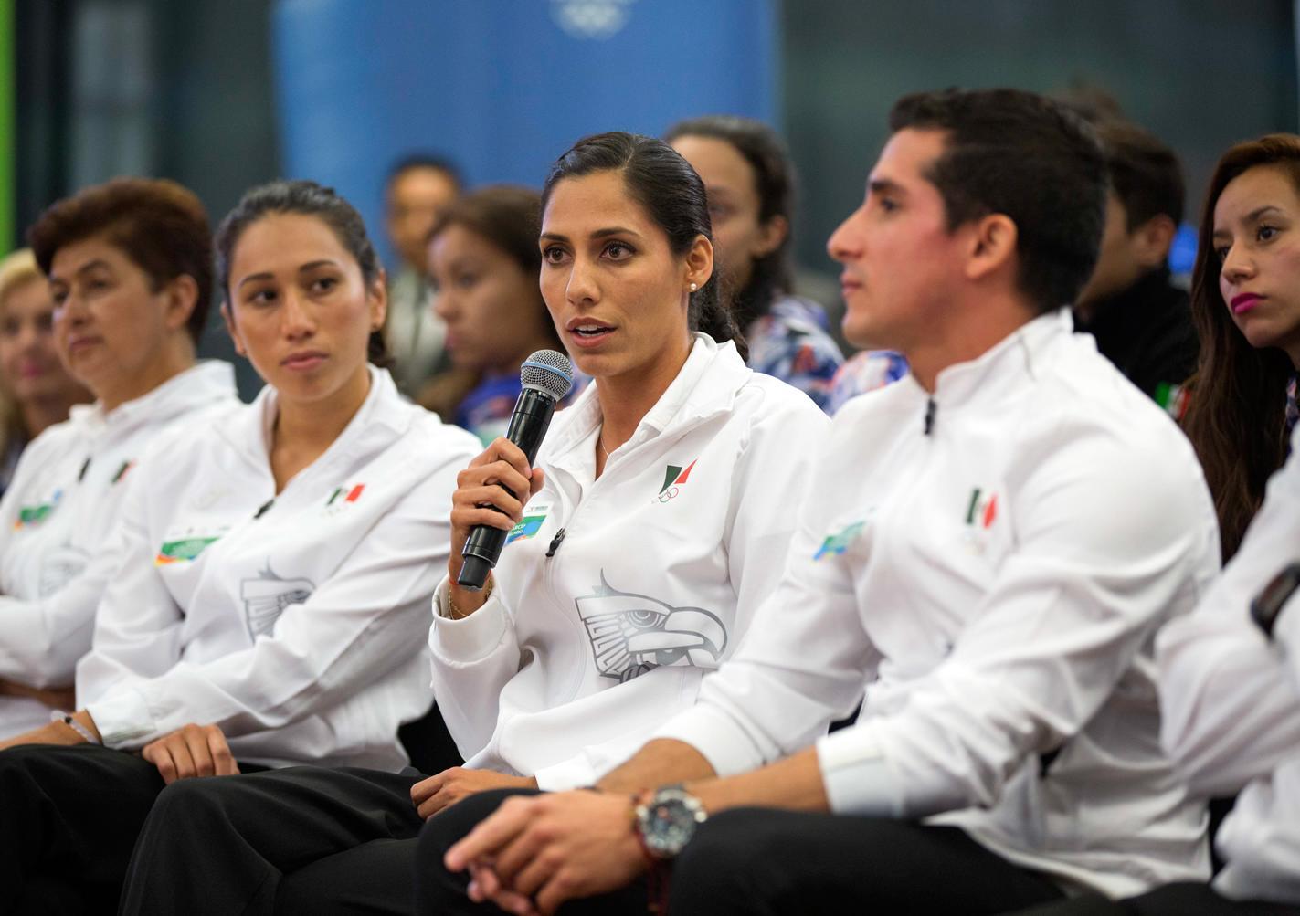 El Primer Mandatario se reunió en la Residencia Oficial de Los Pinos con los integrantes de la delegación mexicana que participó en los Juegos Olímpicos de Río 2016.
