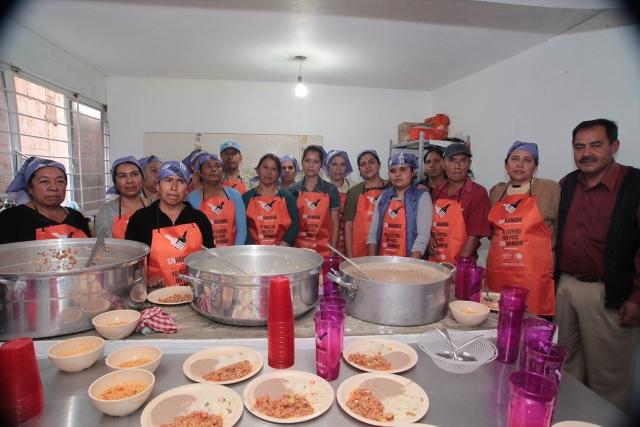 Mujeres de Comedor Comunitario