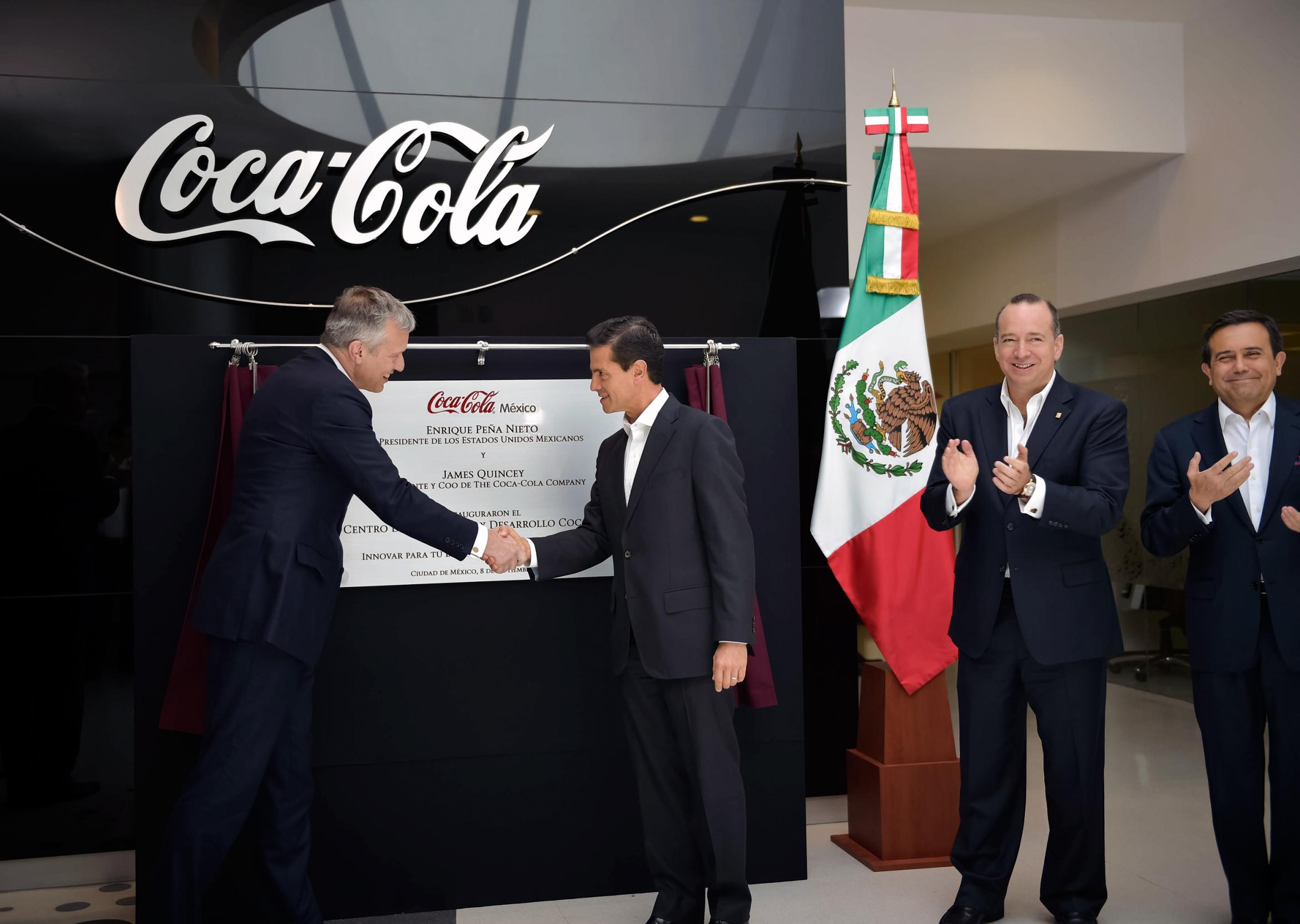 The president inaugurated the Coca Cola Center for Innovation and Development.