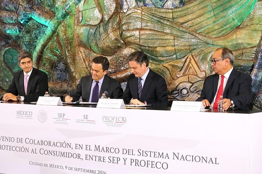 Titular de Economía dice que la calidad de la mano de obra mexicana se construye a través de un sistema educativo fuerte